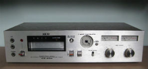 AKAI_CR_83D_small