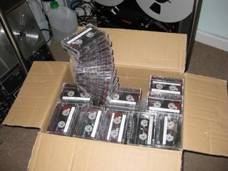 Cassettes_pile_2
