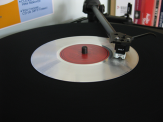 Aluminium 'message' disc transcription on Linn turntable